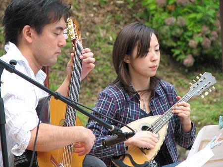 ギター&マンドリン2〜小久慈焼陶芸苑『秋の感謝祭』こはく街道