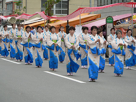 2007年久慈秋まつり〜[速報]中日のもよう
