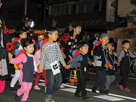 [速報]2009年久慈秋まつり〜お通り