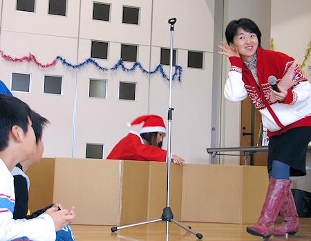 クリスマス会で賑わったやませ土風館