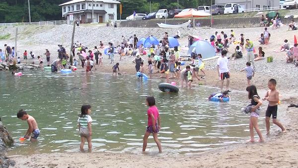 舟渡海水浴場が海開き