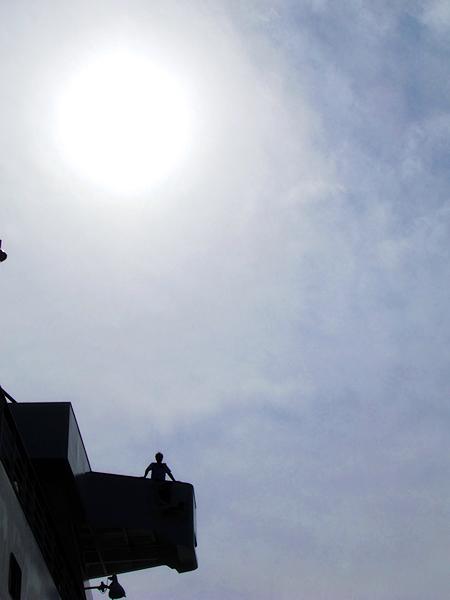 にっぽん丸、久慈港に寄港