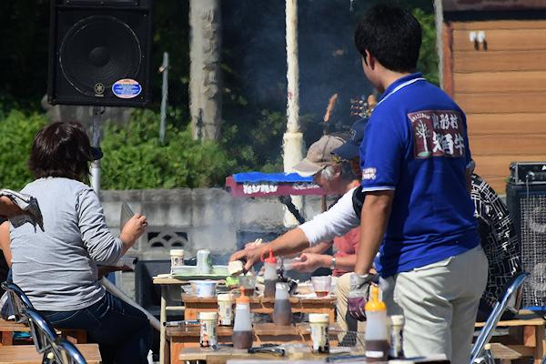 屋外で網焼き!山形村短角牛BBQ(バーベキュー)まつり