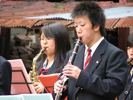 吹奏楽2〜小久慈焼陶芸苑『秋の感謝祭』こはく街道